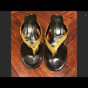 Gucci yellow feather Sandals